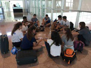 Jugadores del campus en el aeropuerto